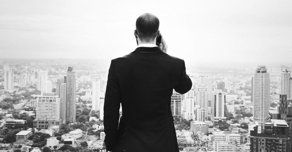 Créer son entreprise, 10 règles simples selon Peter Jones